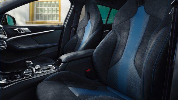 BMW 1er Fahrer- und Beifahrersitz
