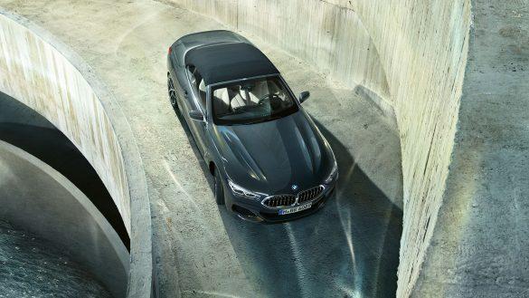 BMW 8er Cabrio Front von oben
